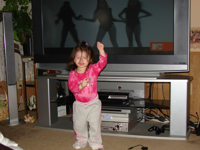Valerie dancing to Beyonce